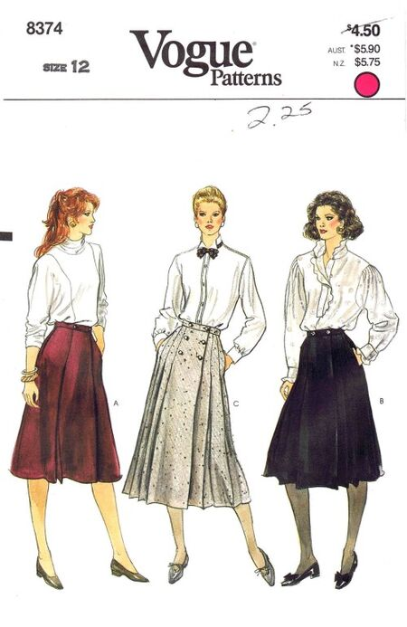 Vogue 1982 8374