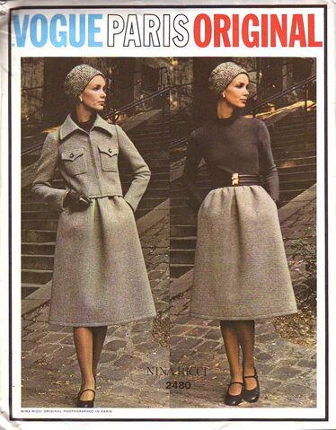 File:Vogue2480.jpg
