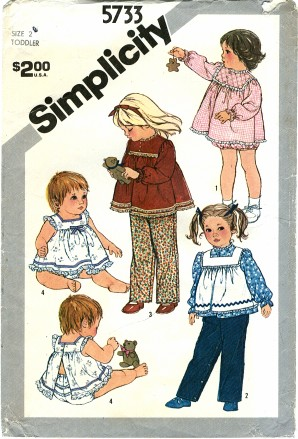 Simplicity 5733