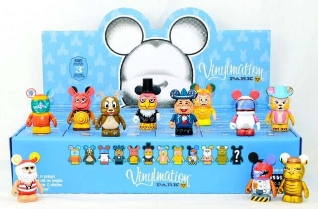 File:Disney-Vinylmation-Park-12-Figures-Case-Tray-of-24-Blind-Boxes-e1371256168306-720x474.jpg