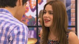 Violetta and leon sing