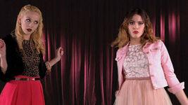 Ludmila and Violetta singing Si Es Por Amor