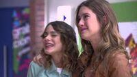 Violetta Video Musical ¨Algo se enciende¨
