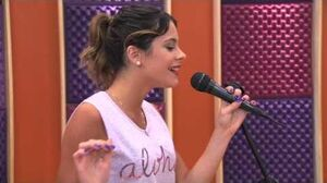 Violetta - Vilu canta en inglés (Temp 2 - Ep 27)-0