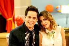 The-umix-show-ignacio-riva-palacio-martina-stoessel-disney-channel