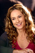 Holly Hunter B1