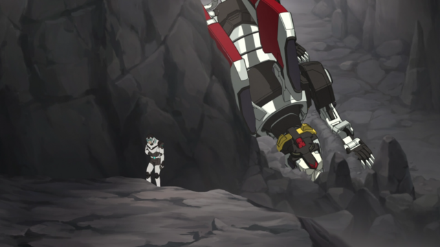 File:S2E01.89. Shiro climbing away from Black Lion (compiled).png