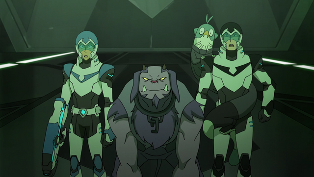 File:S2E10.291. Team Voltron surprised at what's behind door no 1.png