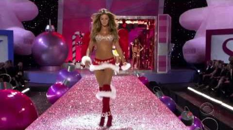 Gisele Bundchen - Victoria's Secret Runway Compilation HD