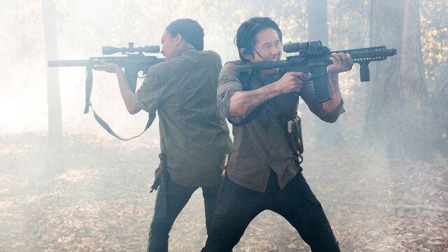 File:Glenn and Sasha Season 5B Teaser.jpg