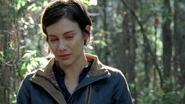 Maggie Rhee Cries Over Walker Sasha 7x16