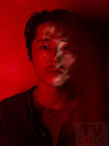 File:TWDGlenn-Season7-Red.jpg