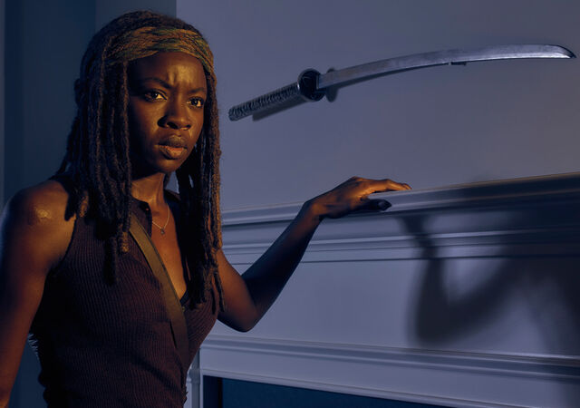 File:The-walking-dead-season-6-cast-michonne-gurira-9351.jpg