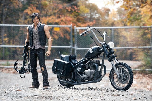 File:McFarlane Toys The Walking Dead TV Series 5 Daryl Dixon & Chopper Box Set 2.jpg