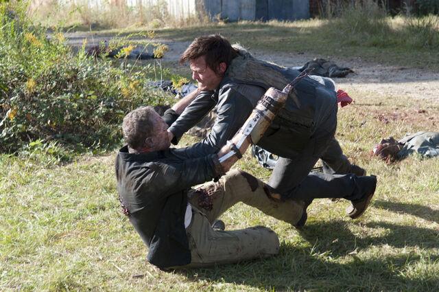 File:Walking-Dead-315-BTS-09.jpg