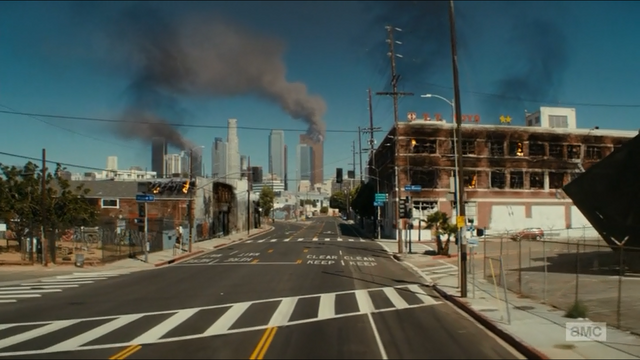 File:Downtown in flames (2).png