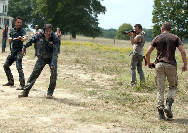 File:Episode-7-rick-walker-daryl-shane.jpg