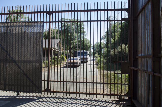 File:AMC 512 ASZ Gates.png