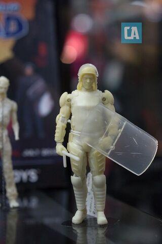 File:Riot Shield Glenn Prototype Figure.jpg
