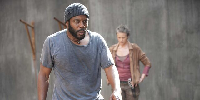 File:Tyreese and Carol (Isolation).jpg