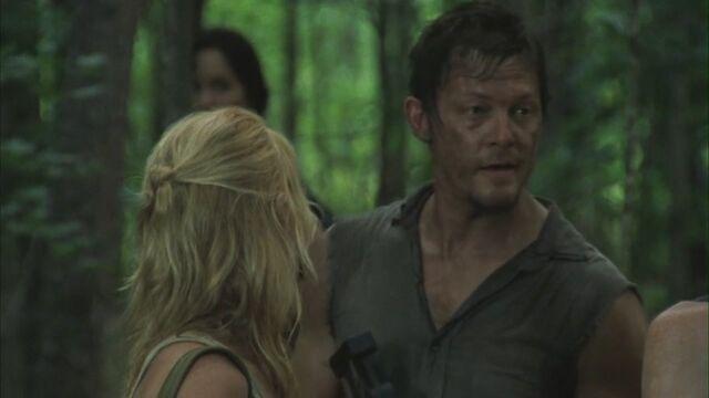 File:Andrea e Daryl 2x02.jpg