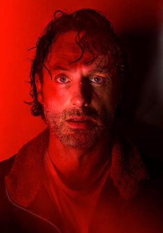 File:The-walking-dead-season-7-rick-lincoln-red-portrait-658.jpg