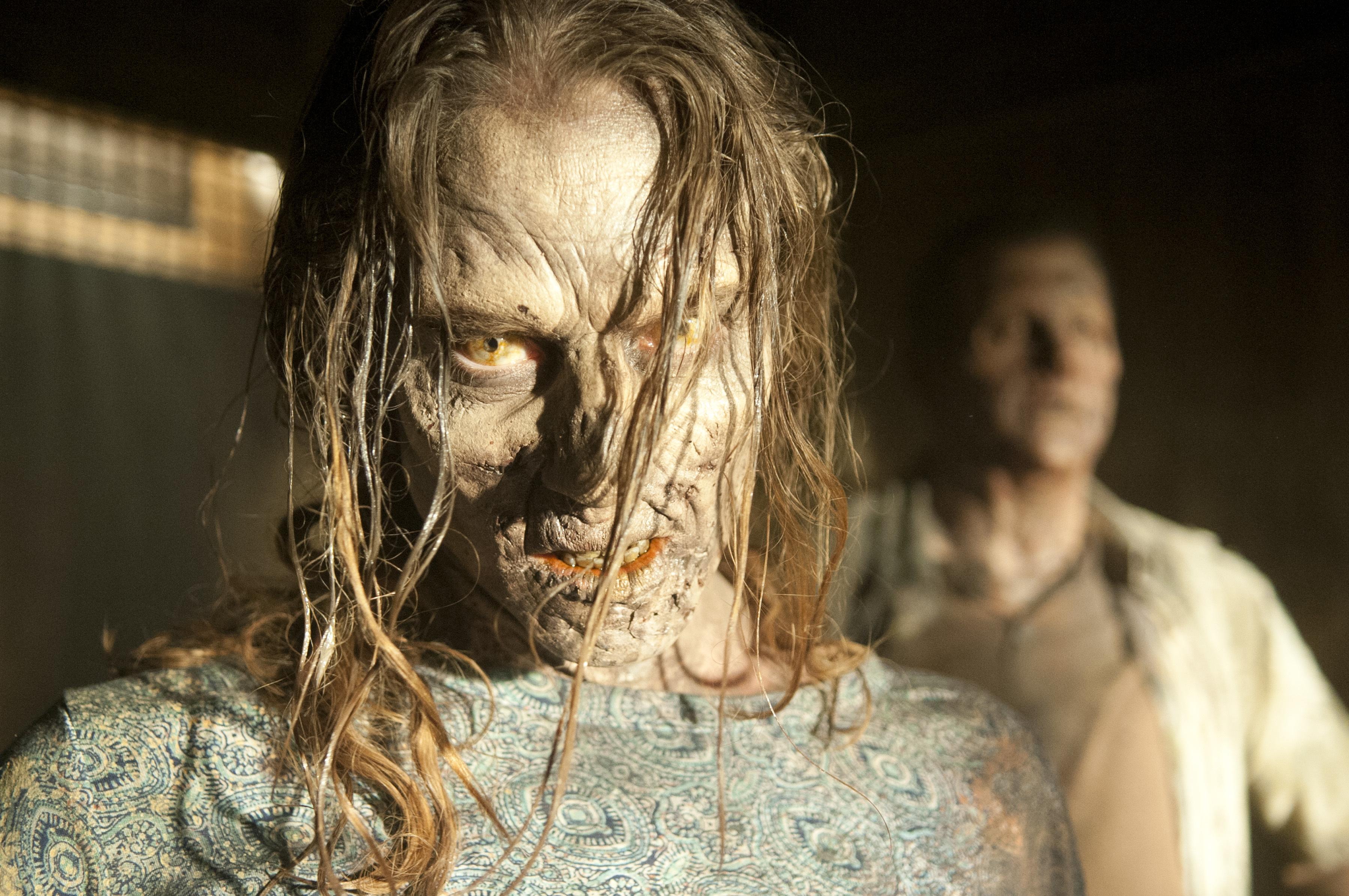 File:Walking-Dead-304-02.jpg