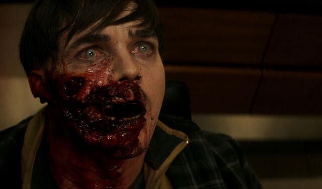 File:Fear-the-walking-dead-episode-205-reed-mccartney-infected-1200x707.jpg