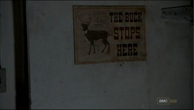 File:Deer Cooler 2.jpg