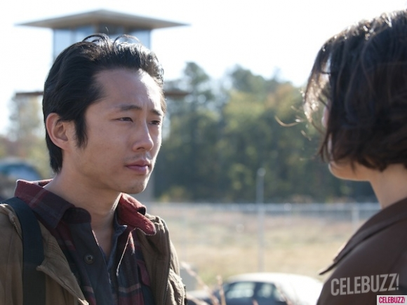 File:Walking-Dead-Steven-Yeun-Lauren-Cohan-copy-580x435.jpg