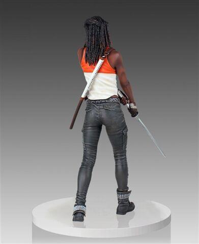 File:Michonne Statue (Gentle Giant) 1.jpg
