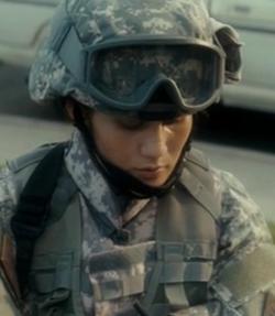 File:Guardswoman.png