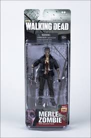File:Merle Action in box.jpeg