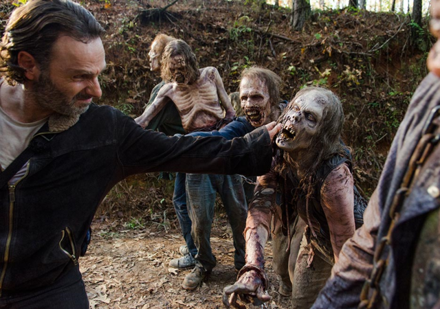 File:AMC 616 Rick Dispatching Walkers.png