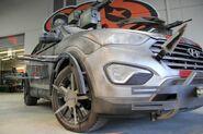2013 Hyundai Santa Fe Zombie Survival Machine 13