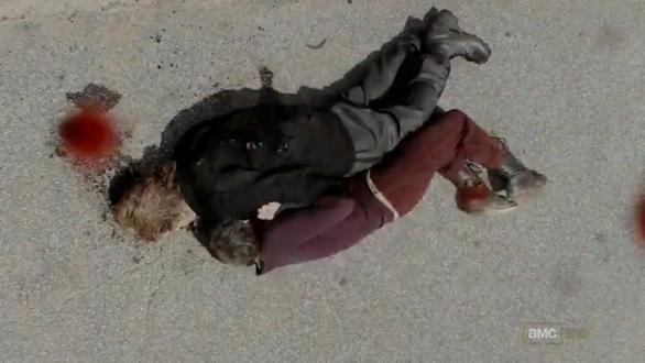 File:Carol using axel's dead body.JPG