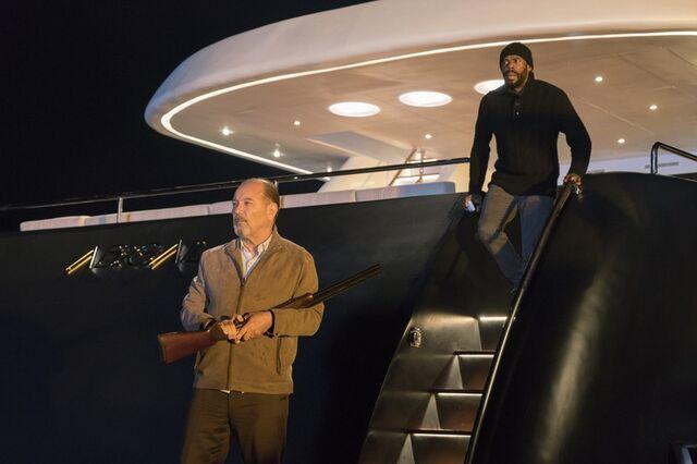 File:Fear the walking dead cast images 16 Season 2.jpg