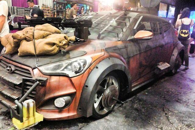 File:2013 Hyundai Veloster Zombie Survival Machine 5.jpg