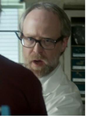 File:Lab coat 1x1.png