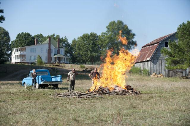 File:Episode-8-shane-fire.jpg