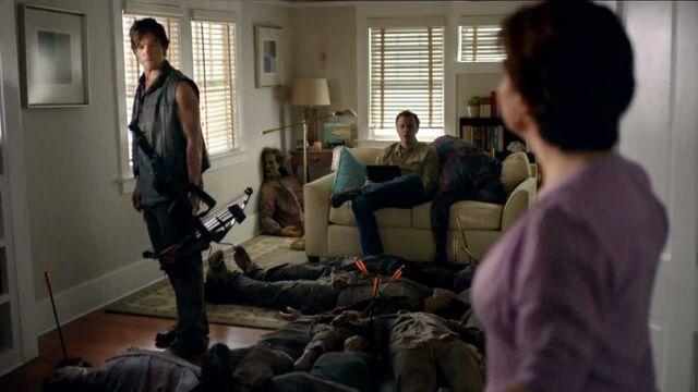 File:The Walking Dead - Time Warner Channel - SuperBowl.jpg