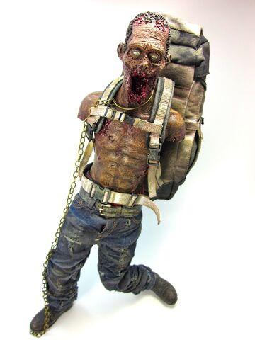 File:Michonne's Red Pet - Threezero 4.jpg