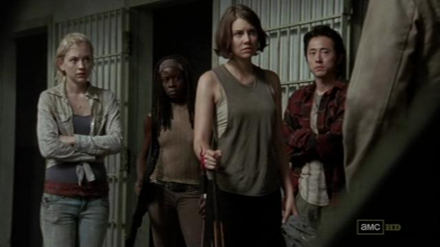 File:Beth Michonne Maggie Glenn listening to Rick.JPG