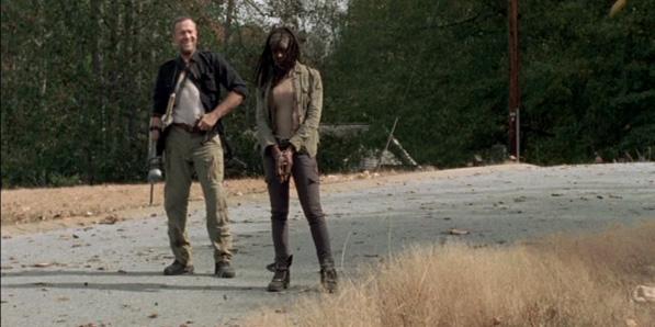 File:Sorrow Michonne and Merle.jpg