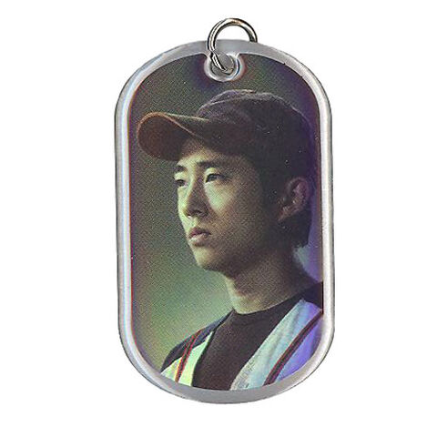File:The Walking Dead - Dog Tag (Season 2) - GLENN RHEE 8 (Foil Version).jpg