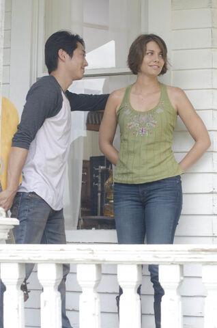 File:Glenn and Maggie 2x05.jpg