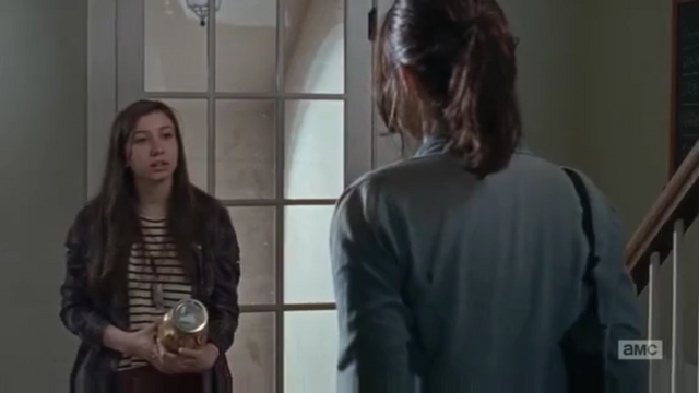 File:Enid and Maggie in pantry 6x15.png
