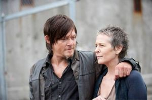 File:The-walking-dead-season-4-daryl-carol-300x600.jpg