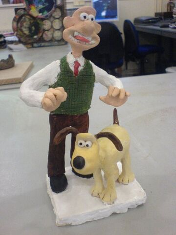 File:Wallace and gromit figurine.jpg