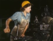 WomanFactory1940s